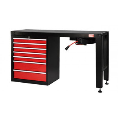 7 DRAWER WORK BENCH WITH AIR HOSE REEL